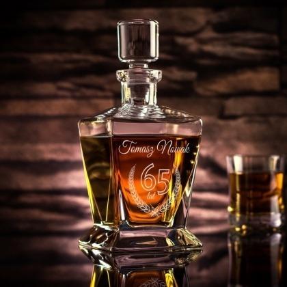 Karafka do whisky na urodziny z grawerem